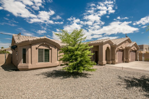 Lake Havasu Home on large lot